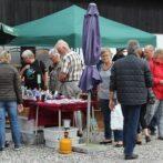 Antik- og loppemarked på Lykkegaard i Tversted