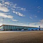 Fyldte sommerfly fra Aalborg Lufthavn