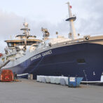 """""""Norwegian Gannet"""" henter nu laks i Skotland til terminalen på Hirtshals Havn"""